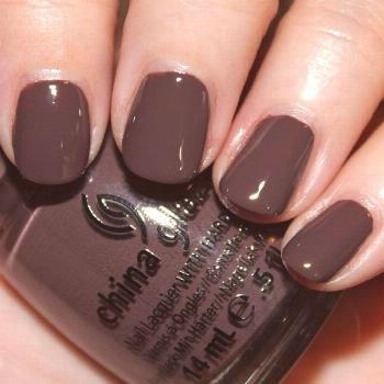 China Glaze Colors von The Hunger Games - Ich mag diese Farbe (Fois Gras) -  China Glaze Colors von